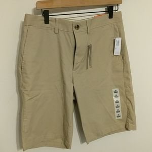 *NWT* Old Navy Ultimate Slim - 30
